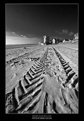 Moon Base Abertawe (Sean Bolton (no longer active)) Tags: swansea wales cymru tracks observatory abertawe dapa seanbolton toweroftheecliptic dapagroup ffotocymrucouk