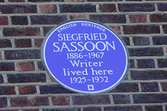 Photo of Siegfried Sassoon blue plaque