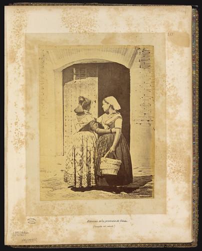 Toledanas en el siglo XIX. Foto Jean Laurent. Biblioteca Nacional de Brasil