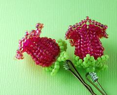 custom beaded flower bobby pins (heartinhawaii) Tags: pink green handmade beaded bobbypins pinkandgreen