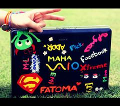 (FatoOoma Qatar ~) Tags: laptop sony p vaio xd فيفي fatoooma فطه boredinqu شدعوه رقاصه