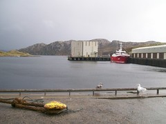 Kinlochbervie Harbour (Niseag) Tags: boats hotel scotland harbour sutherland kinlochbervie
