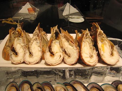 Cold Seafood: Mini-Lobsters