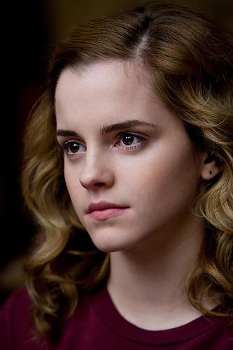 Emma Watson modela rostro