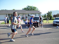 Running to the finish line. I am in the pink, kind of in the background.