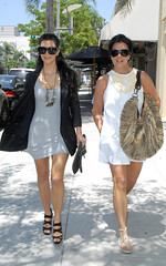 sunglasses necklace highheels daughter fulllength mother blazer handbag whitedress greydress kimkardashian krisjenner leeleelunettes