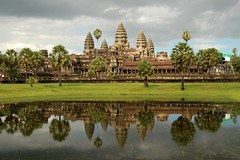 Angkor Wat (11.000+ views!) (msdstefan) Tags: pictures trip travel vacation sky panorama landscape temple asia asien cambodia kambodscha southeastasia pics urlaub himmel angkorwat nikond50 best angkor landschaft rtw nicest tempel stefans beautifulbuilding landschaftsbild flickraward platinumheartaward earthasia flickrestrellas worldtrekker 100commentgroup dragonsda