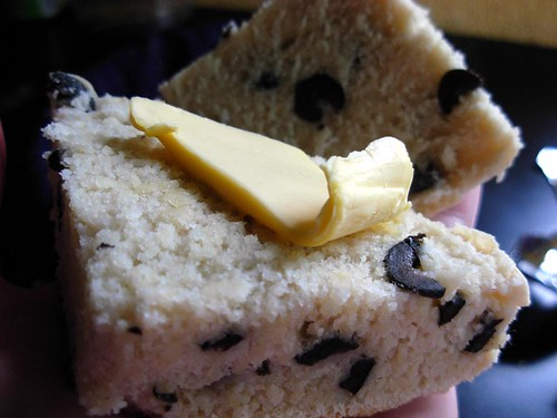 olive caper bread