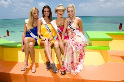 Diana Arno, Karla Carrillo, Sofia Rudyeva and Ingibjorg Egilsdottir posing for photo in the Miss Universe 2009 competition