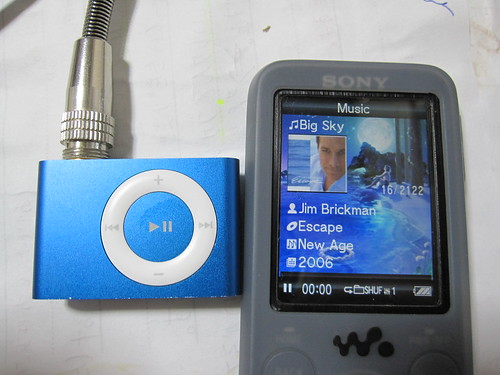 iPod Shuffle & Sony Walkman