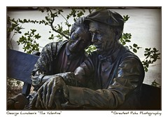 "George Lundeen's ""The Valentine"" (Greatest Paka Photography) Tags: carmel california carmelbythesea georgewlundeen lundeen sculpture statue thevalentine holdregenebraska hastingscollege academicdebellearte firstmurphypark valentine lovingcouple love montereycounty parkbench valentinesday holiday art fineart"
