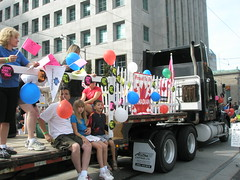 P9070310 (Canadian Union Promotions) Tags: caw labourday torontolabourdayparade09