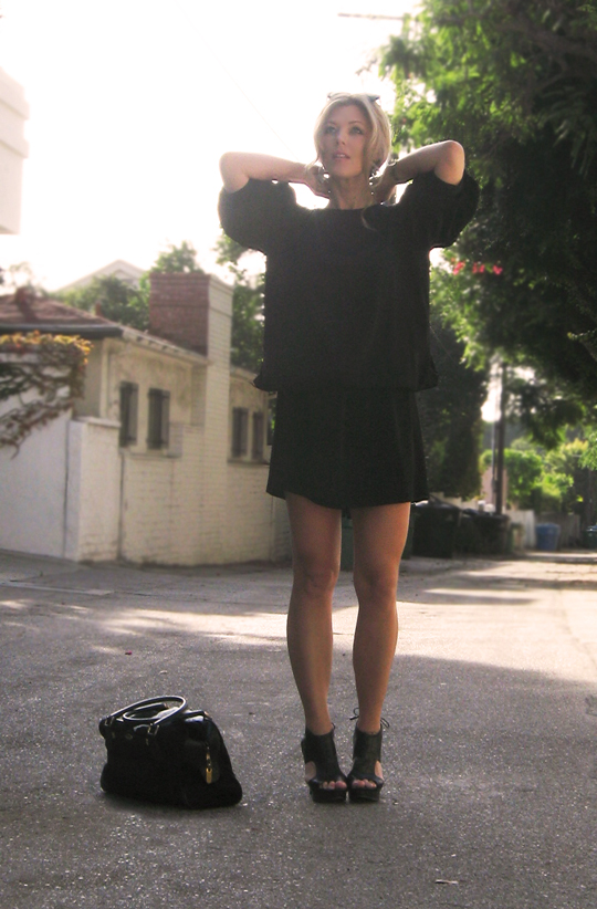 vintage-black-dress-7