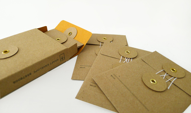 KRAFT envelopes (small with string / brown)