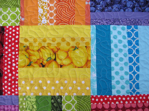 Rainbow Rail Quilting Detail