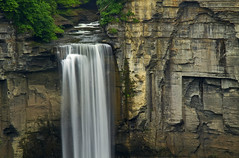 Taughannock (Matt Champlin) Tags: summer canon waterfall amazing huge ithaca fingerlakes taughannock torrent towering taughannockfalls
