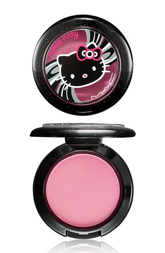 MAC Hello Kitty-名媛裸漾腮紅BEAUTY POWDER BLUSH -Fun&Games_NT$720 by you.