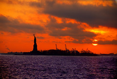 Statue of Liberty (Katy Silberger) Tags: nyc newyorkcity batterypark statueofliberty lowermanhattan smrgsbord blueribbonwinner nikond60 abigfave anawesomeshot goldstaraward