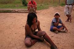 Just got back from the hunt (sensaos) Tags: woman girl ecuador community indian traditional hunting selva culture tribal jungle hunter indians tradition tribe indios cultural hunt indio indigenous famke huaorani indigena shiripuno waorani communidad sensaos bameno