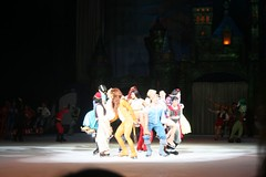 Disney on Ice: 100 Years of Magic (JR fan) Tags: ariel lift jasmine prince belle characters cinderella simba aladdin nala snowwhite pinocchio pocahontas shang princecharming mulan disneyonice johnsmith jiminycricket 100yearsofmagic princeeric princeadam april2009 giantcenterhersheypa