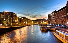 Amsterdam by night (radek_chrzempka) Tags: holland amsterdam nightshot netherland hdr channel muntplein rokin amsterdambynight sonya350