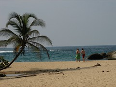 21 Parque Tayrona Molly Reddy & Jason Hall (sirrom711) Tags: parque vacation jason hall colombia ben molly tayrona cartagena reddy vacacin