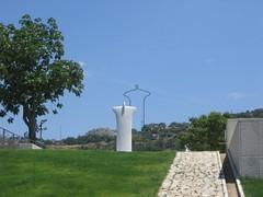 nivola19 (Antonio_Trogu) Tags: sardegna italien italy sculpture museum italia sardinia musée museo 2009 italie sardinien sardaigne scultura orani nuoro nivola costantinonivola trogu antoniotrogu