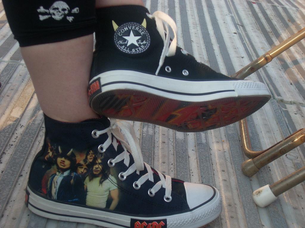da04dda6b912 AC DC Chucks (~Gaz~) Tags  acdc livemusic outings sneakers converse