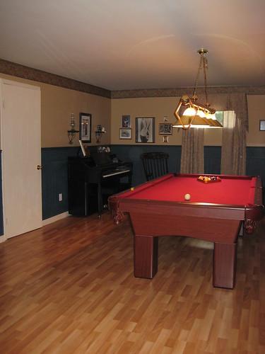 Pool room 9