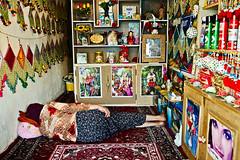 Woman sleeping (damonlynch) Tags: people iran iranian esfahan isfahan irn