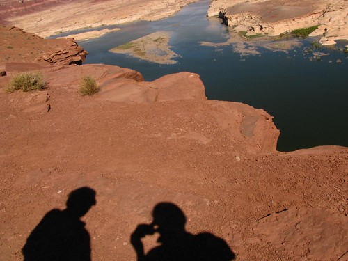 lake powell wallpaper. We could see a bridge to cross to Hite, the Lake camp ground in the next