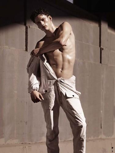 Simon Nessman042_Numero Hommes(modo models)