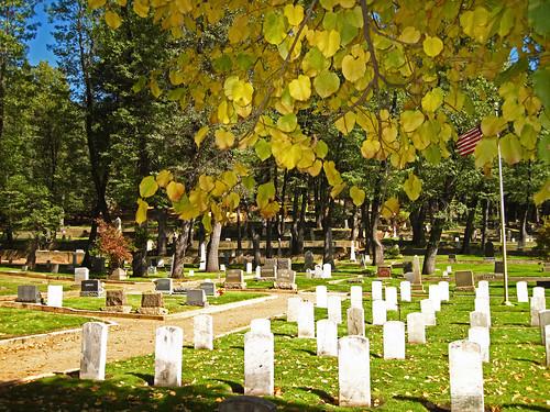 20091010 Gridley Graveyard 1