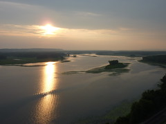 Sunset over the Mississippi (sfgamchick) Tags: statepark sunset river mississippiriver greatriverroad illinoisstatepark mississippipalisades mississippipalisadesstatepark