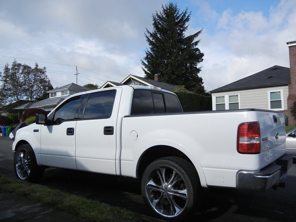Ford F-150, MKW 24 inch rims