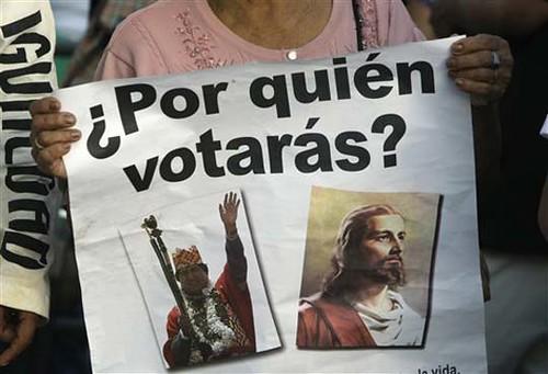 Fanaticos bolivianos contra Evo