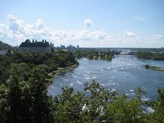 ottawa river (cupsoflove - gobakeorgohome.blogspot.com) Tags: canada river ottawa parliament