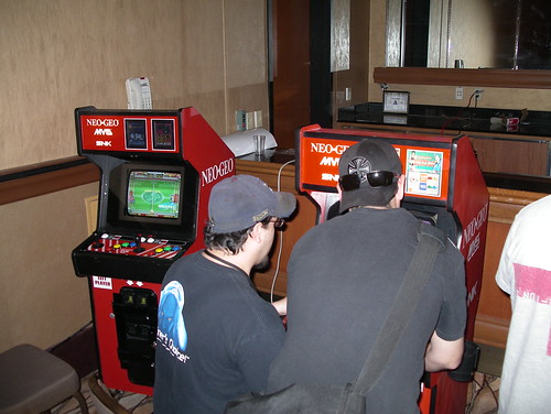 Neo-Geo MVS 13 cabs.