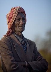 Borana man with turban - Kenya (Eric Lafforgue) Tags: africa portrait people man face kenya muslim islam culture tribal human tribes afrika tradition tribe ethnic ramadan tribo gens visage afrique ethnology tribu eastafrica qunia 5677 lafforgue borana ethnie  qunia    kea    humainpersonne a
