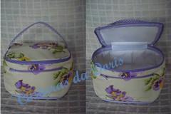 Frasqueira (Costuras da Doris) Tags: handmade sewing costura necessaire portatrecos frasqueira 100algodo portamaquiagem