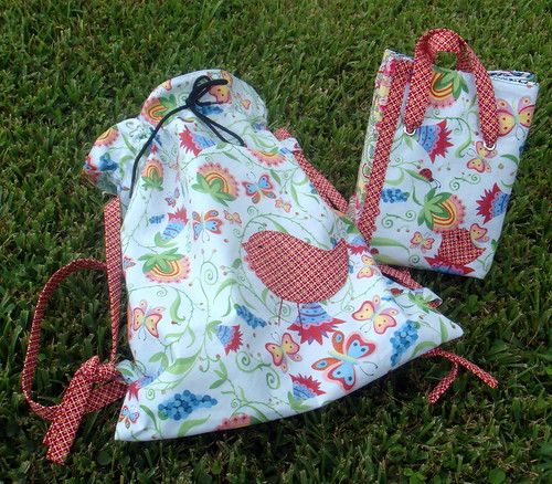 matching bird backpack and lunch bag