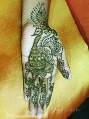 Peacock henna (Art Fountain) Tags: floral hands indian drawings peacock designs bridal henna mehndi mehendhi indiandrawing decoratedhands bridalhanna