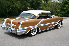 "1956 Olds Watson Style • <a style=""font-size:0.8em;"" href=""http://www.flickr.com/photos/85572005@N00/3896994134/"" target=""_blank"">View on Flickr</a>"