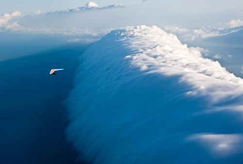 真的猛男,敢於滑向雲的彼端