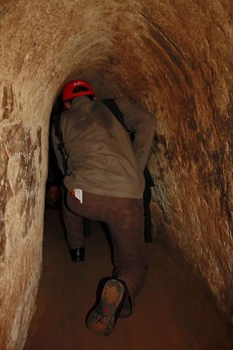Merayap di terowongan Cu Chi