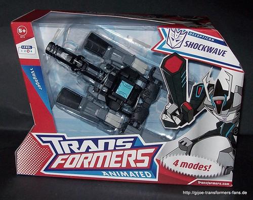 Shockwave  Animated Voyager Transformers 001