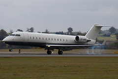 OY-NAD - 8052 - Private - Canadair CL-600-2B19 Regional Jet CRJ-200 Challenger 850 - Luton - 091028 - Steven Gray - IMG_2972