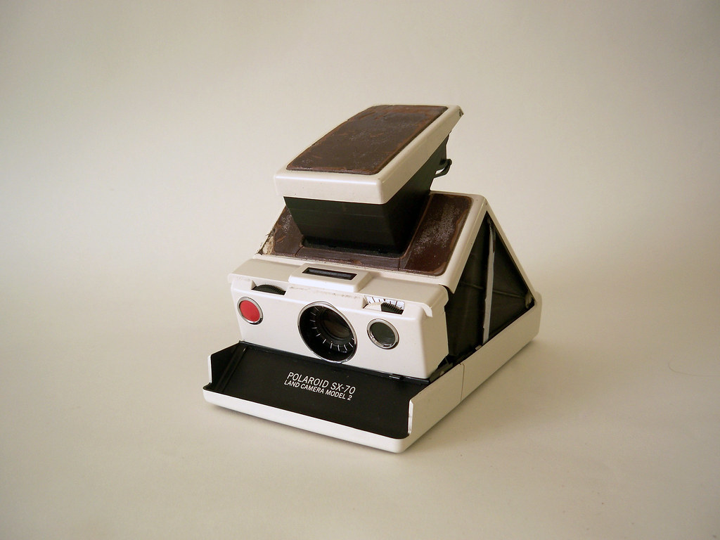 Polaroid SX-70 Land Camera Model 2