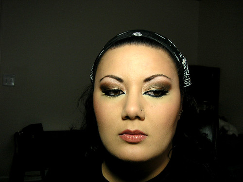 Bronzed Arabic Smoky Eye