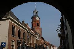 Buren, Sint-Lambertuskerk onder de Buitenhuizenpoort (Ciao Anita!) Tags: church netherlands nederland churchtower chiesa campanile kerk olanda buren